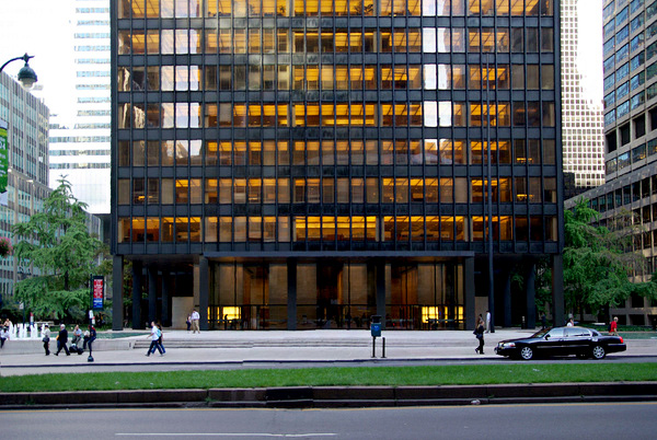 10-buildings-seagram_building-newyork-3111