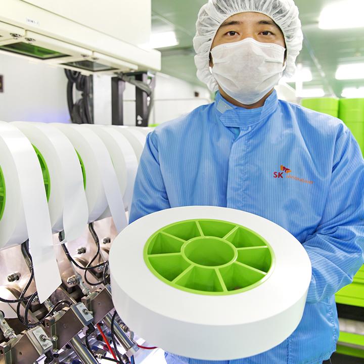 SK이노베이션, 전기차 배터리의 '핵심' 분리막 사업 키운다