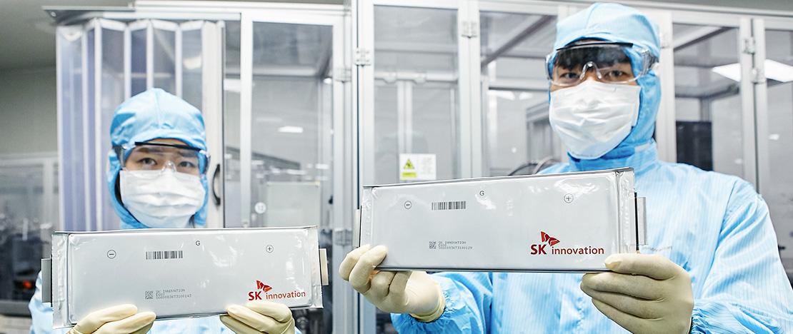 노벨화학상 수상자 '굿이너프' 교수와 손잡은 SK이노베이션, 차세대 배터리 기술 공동개발에 나선다!